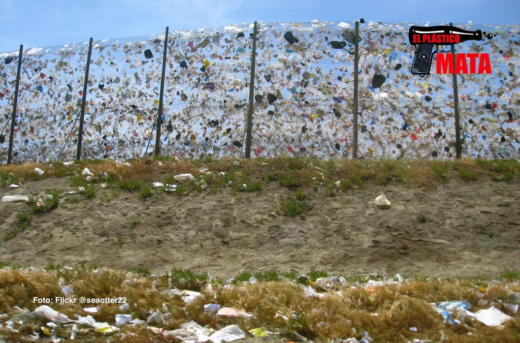 Inglaterra reduce el uso de bolsas de plástico en un 85% en un año
